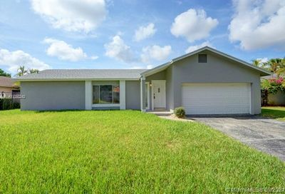 9626 NW 27th Court Coral Springs FL 33065
