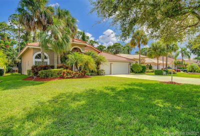 8566 NW 43rd Ct Coral Springs FL 33065