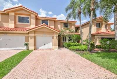 12565 NW 57th Coral Springs FL 33076
