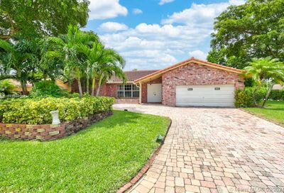 1298 NW 85th Terrace Coral Springs FL 33071
