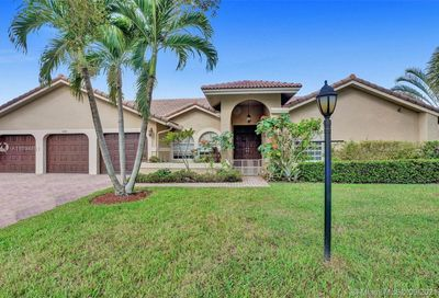 5248 NW 89th Dr Coral Springs FL 33067