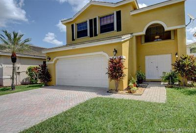 3431 NW 112th Ter Coral Springs FL 33065