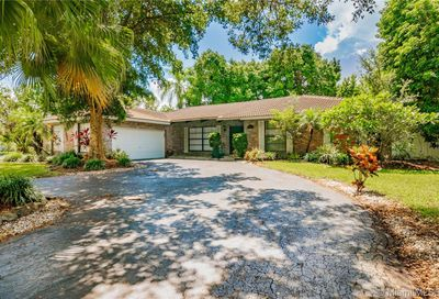 9902 NW 20th St Coral Springs FL 33071