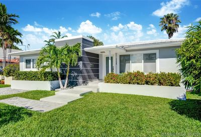 8835 Carlyle Ave Surfside Fl 33154