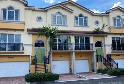 1952 Coral Heights Ct Oakland Park FL 33308