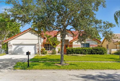 1061 NW 162nd Ave Pembroke Pines FL 33028