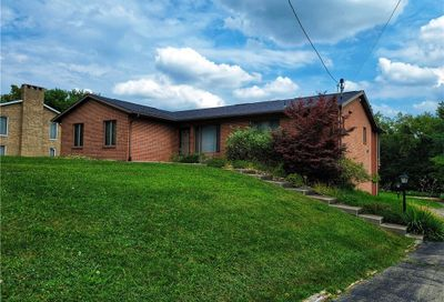 1828 Middle Rd Indiana Twp - Nal PA 15116