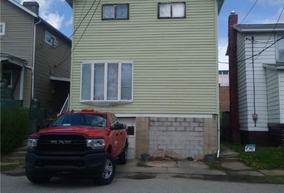 506 Garfield Ave Scottdale PA 15683