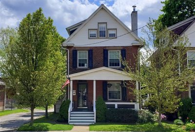 809 Wood St City Of But Sw PA 16001