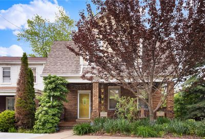 2409 Maple Ave Perry Hilltop PA 15214