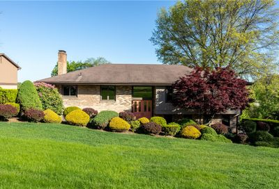 200 Lightholder Dr Peters Twp PA 15317