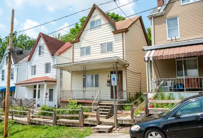 3917 Portman Ave Perry Hilltop PA 15214