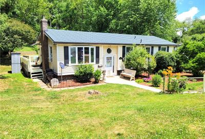 716 Stauffer Ave Scottdale PA 15683