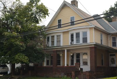 904 Pittsburgh St Scottdale PA 15425