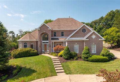 219 Erin Dr Cranberry Twp PA 16066