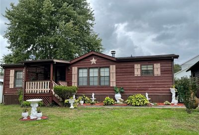 415 Price Dr Derry PA 15627