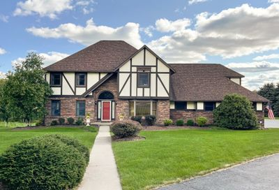 108 Ashmont Dr Middlesex Twp PA 16002