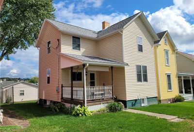 30 2nd Ave Scottdale PA 15683