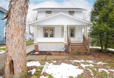 476 Newell Avenue Akron OH 44305
