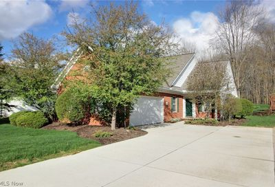 583 Daleview Drive Aurora OH 44202