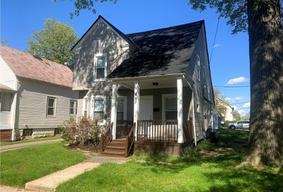 683 E 159th Street Cleveland OH 44110