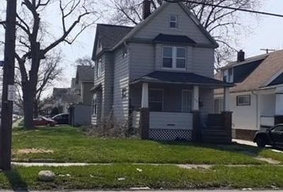 16724 Grovewood Avenue Cleveland OH 44110