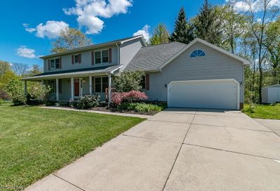 8555 Red Oak Drive Chesterland OH 44026