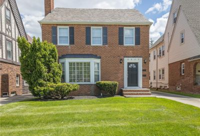 3577 Daleford Road Shaker Heights OH 44120