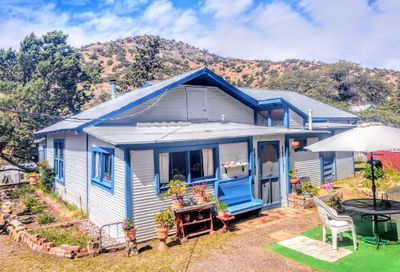 211c Youngblood Hill Bisbee AZ 85603