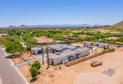 5104 N Wilkinson Road Paradise Valley AZ 85253