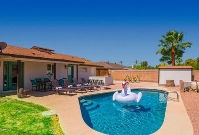 8214 E Meadowbrook Avenue Scottsdale AZ 85251