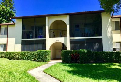 4956 Sable Pine Circle West Palm Beach FL 33417