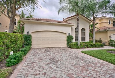 215 Andalusia Drive Palm Beach Gardens FL 33418