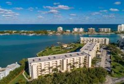 300 Intracoastal Place Tequesta FL 33469