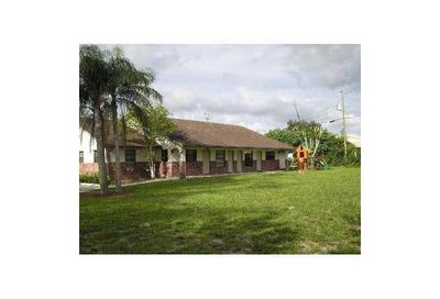 5600 NW 76th Place Coconut Creek FL 33073