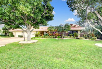 5103 Pineview Circle Delray Beach FL 33445