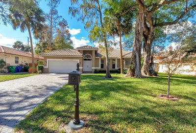 4164 NW 67 Way Coral Springs FL 33067