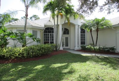 3512 SE Fairway Oaks Trail Stuart FL 34997