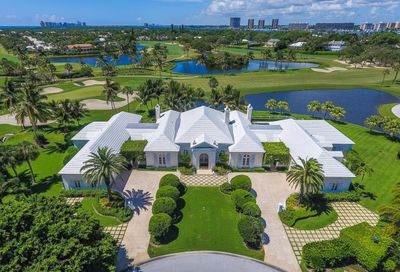 11589 Lake House Court North Palm Beach FL 33408
