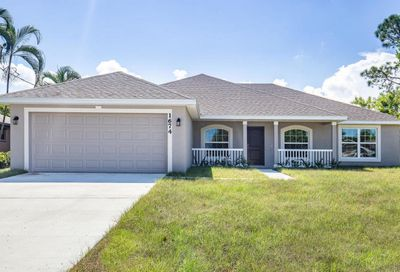 8200 Amalfi Circle Fort Pierce FL 34951