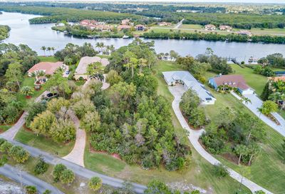 2601 SE North Lookout Boulevard Port Saint Lucie FL 34984