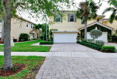 5022 Dulce Court Palm Beach Gardens FL 33418