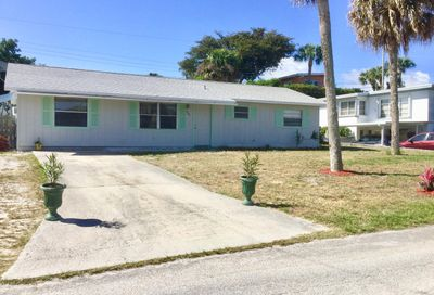 2372 NE Center Circle Jensen Beach FL 34957