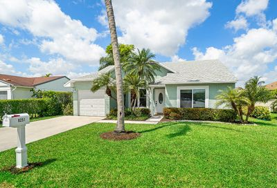 8251 Cedar Hollow Lane Boca Raton FL 33433
