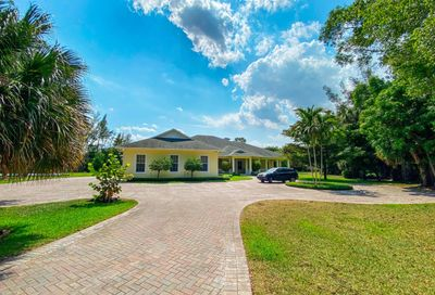 4941 Misty Pines Trail Lake Worth FL 33463