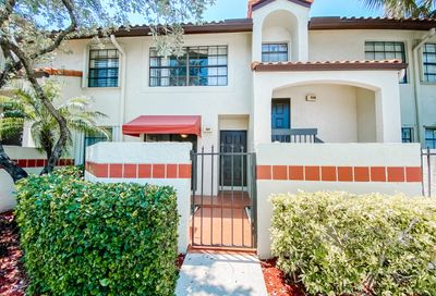 307 Republic Court Deerfield Beach FL 33442