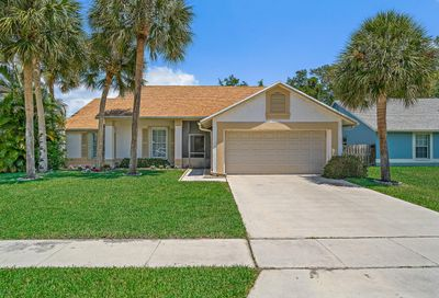 9947 Cross Pine Court Lake Worth FL 33467