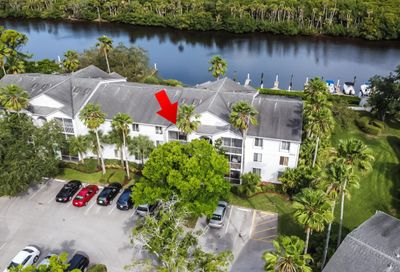 2512 SE Anchorage Cove Port Saint Lucie FL 34952