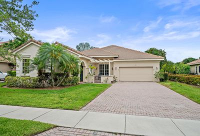 136 Via Isabela Jupiter FL 33458