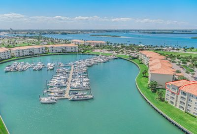8 Harbour Isle E Drive Fort Pierce FL 34949